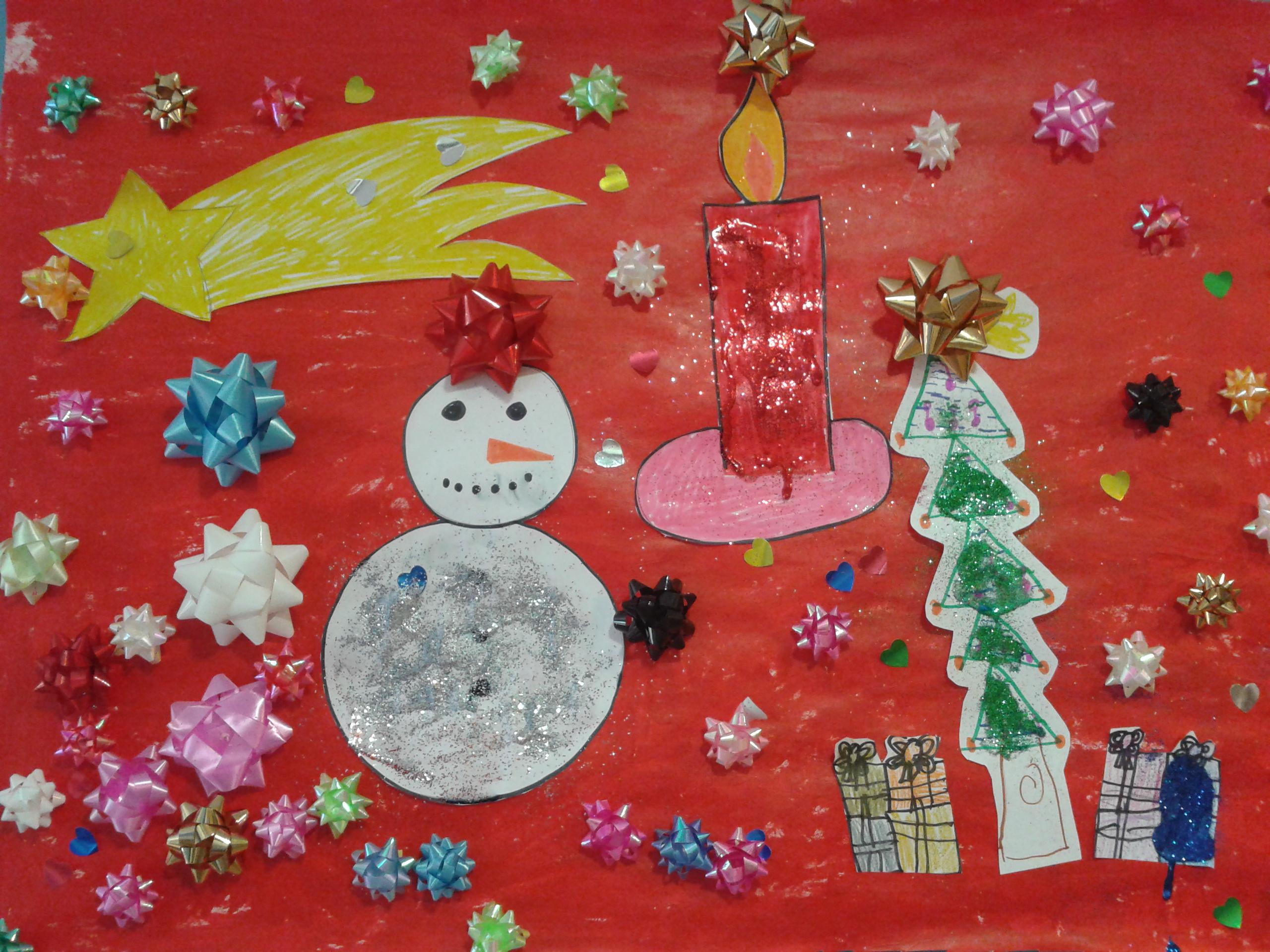 Mural de navidad for Como decorar un mural