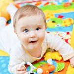 4 ideas para ahorrar en la compra de artículos de tu bebé