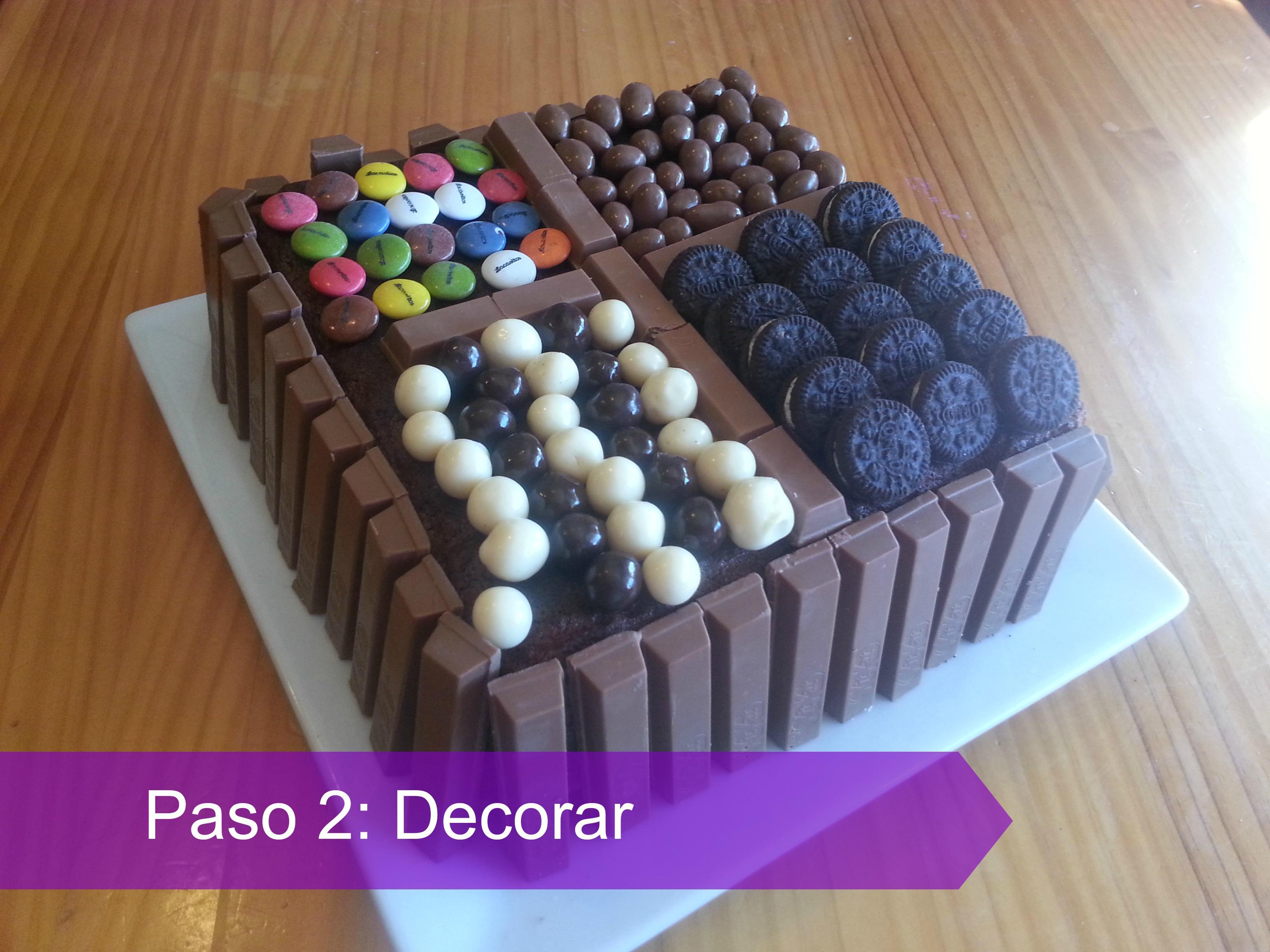 Decoracion sencilla de torta de chocolate - Decoracion con chocolate ...