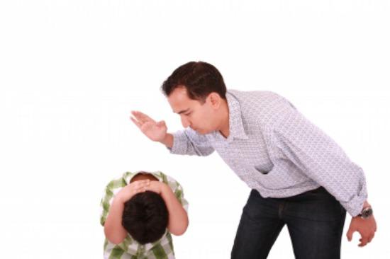 ¿Qué le enseñas a tu hijo (de verdad) cuando le das un ...