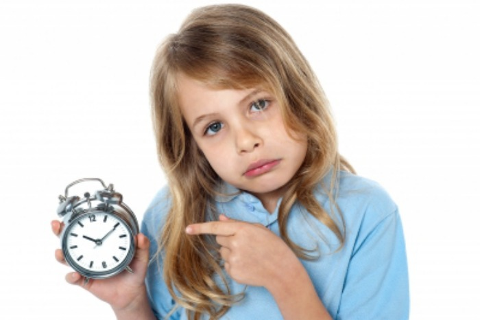 Niña_reloj
