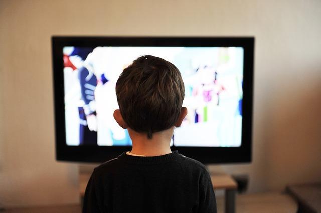 TV_niño